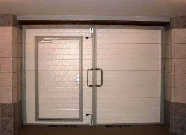 Як утеплити ворота гаража зсередини