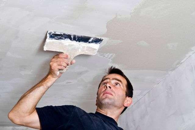 Як зашпаклювати стелю під фарбування